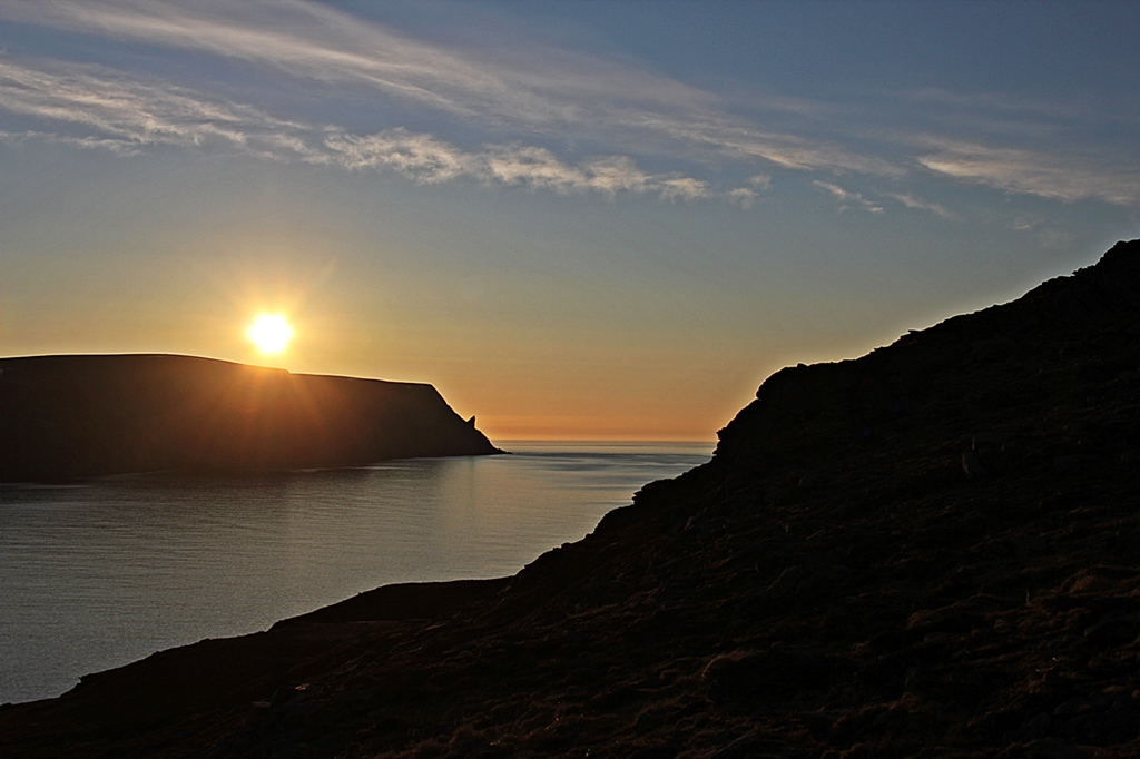 Mitternachtssonne mit Blick auf Nordkapp